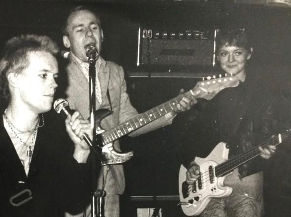 Joby & the Hooligans Helen McCookerybook (2)