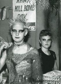 a2a4e07ae68a0259d74eab35ea69114f--punk-subculture-70s-punk