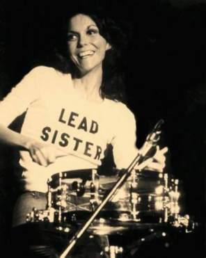 karen_carpenter_lead_sister