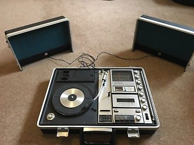 sanyo-g-2615n-2-brief-case-music-centre-record-player-1970s-working-good